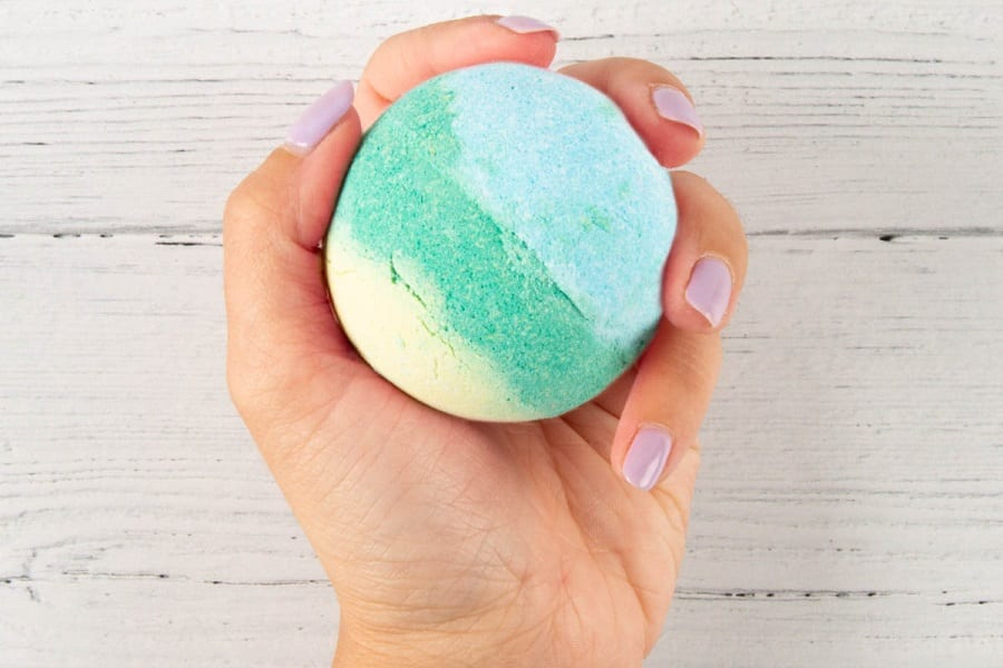 ow to Make Bath Bombs Harder (3 Easy Tips)