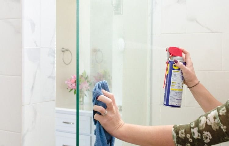 removing stains from shower doors with WD40